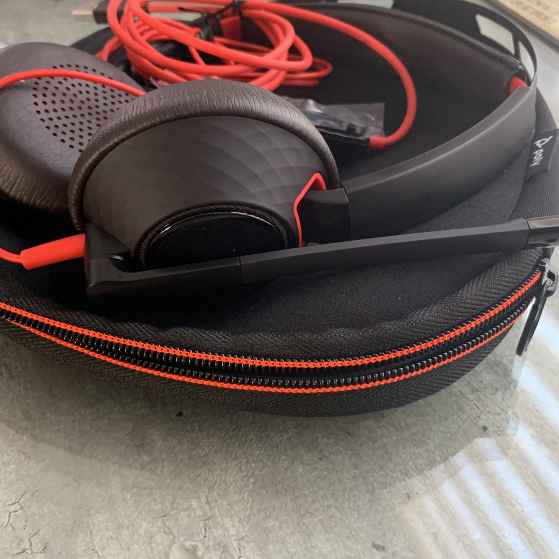 Poly Blackwire 5200 Headset