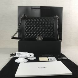 Womens Chanel Bags Selling Separately  Thumbnail
