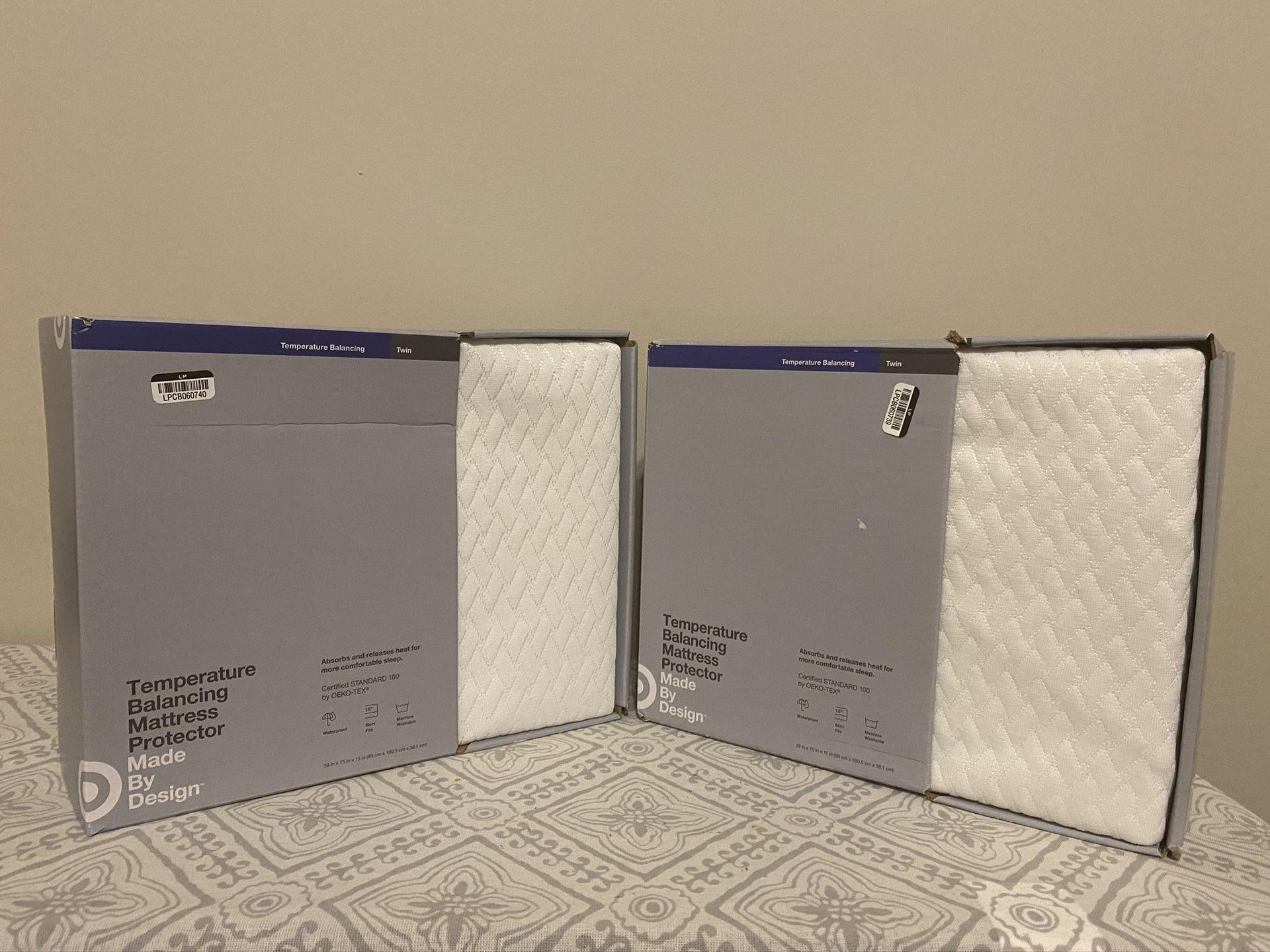 Temperature Balancing Mattress Protector