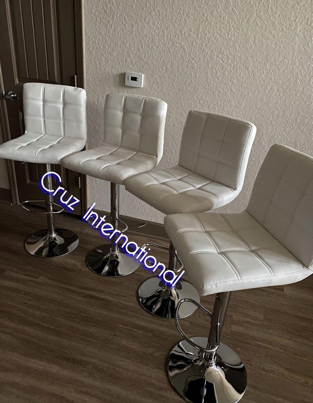 New 4 white stools