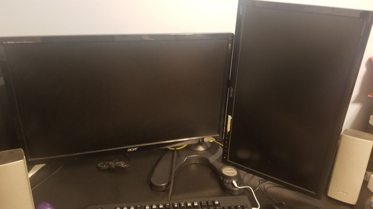 """Dual Monitor Set-up 27"""" Acer and 24"""" Asus LED With Dual Stand"""