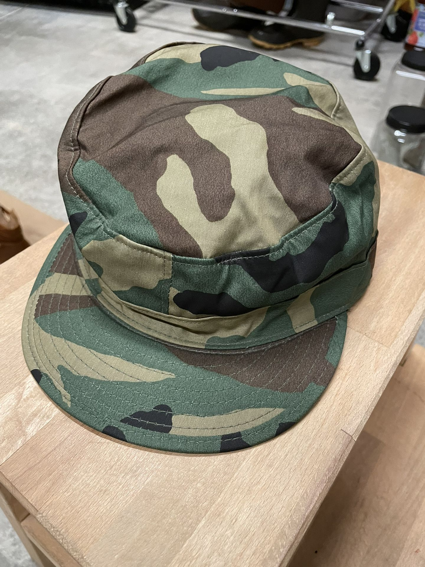 Vintage Camo Army Hat With Ear Flaps. Size 7 3/8 Excellent Condition