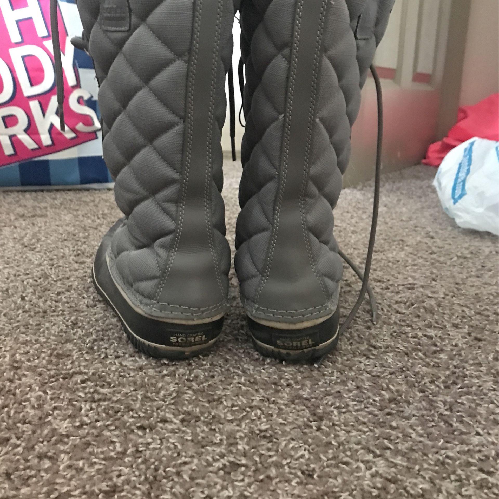 10.5 Snow boots