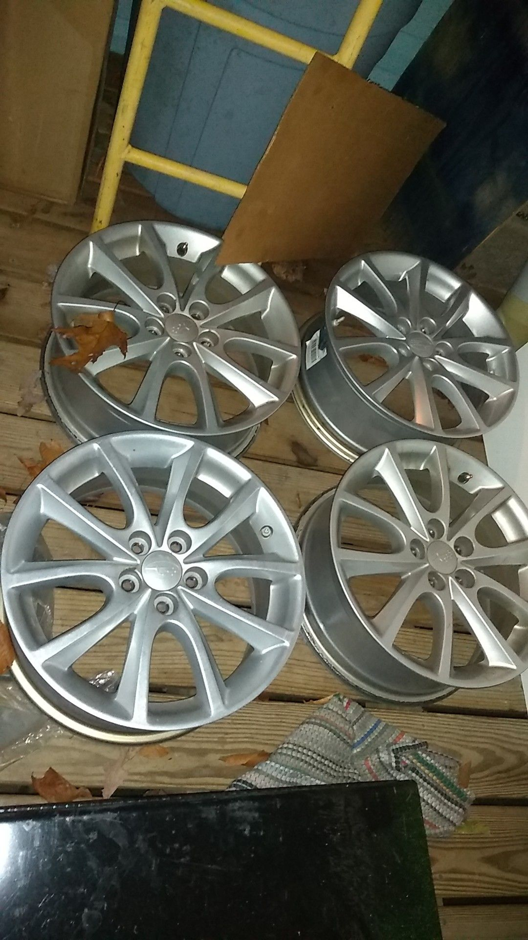 Subaru aluminum wheels fits 2014 legacy we had them on a2019 imprezza two rims were new two are used all are real nice . 300.00 for the set