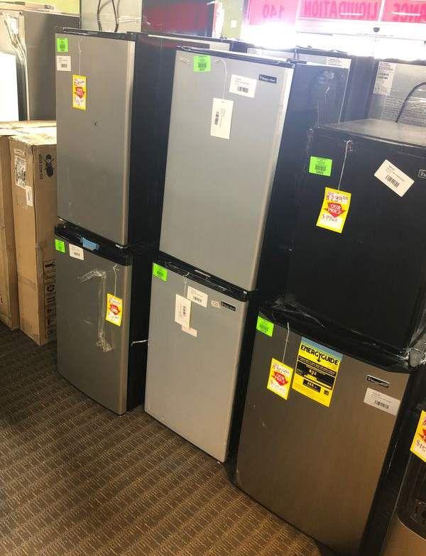 Brand New Compact Refrigerators (Mini Fridge) CW4T