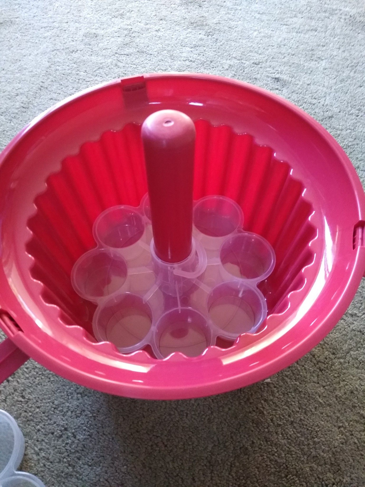 🧁🧁🧁**NEW** (24) CUPCAKE 🧁🧁 HOLDER TRAY PLASTIC CARRIER TOTE SHAPE OF CUPCAKE DESSERT COOKING BAKING BAKE KITCHEN PARTYS EVENTS🧁🧁🧁