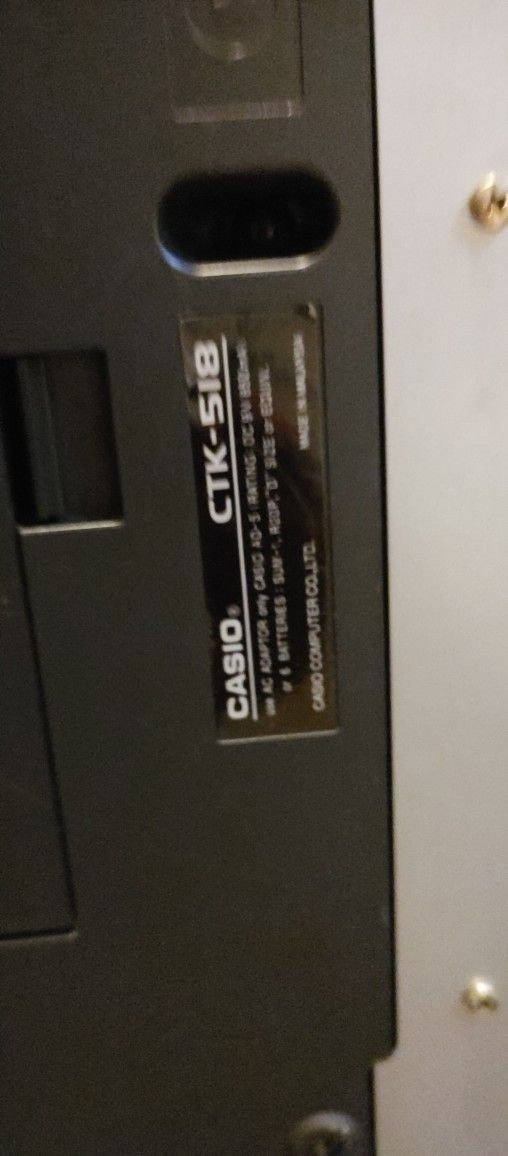Casio Keyboard, No Charger