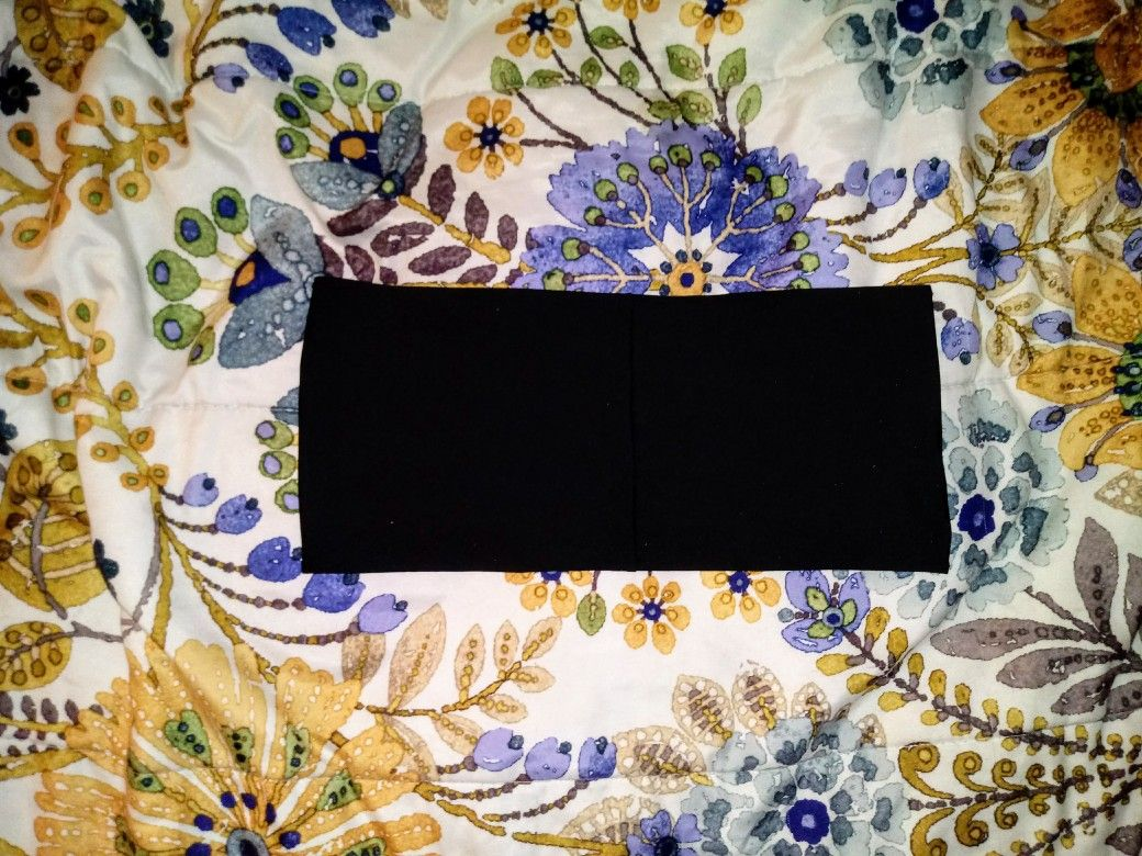 Black strapless bikiny top