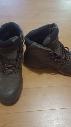 Size 9.5 reg width Kasota RED WING work boots composite toe, waterproof, used for 5day. Thumbnail
