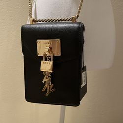 NWT DKNY Black & Gold Crossbody Purse Thumbnail