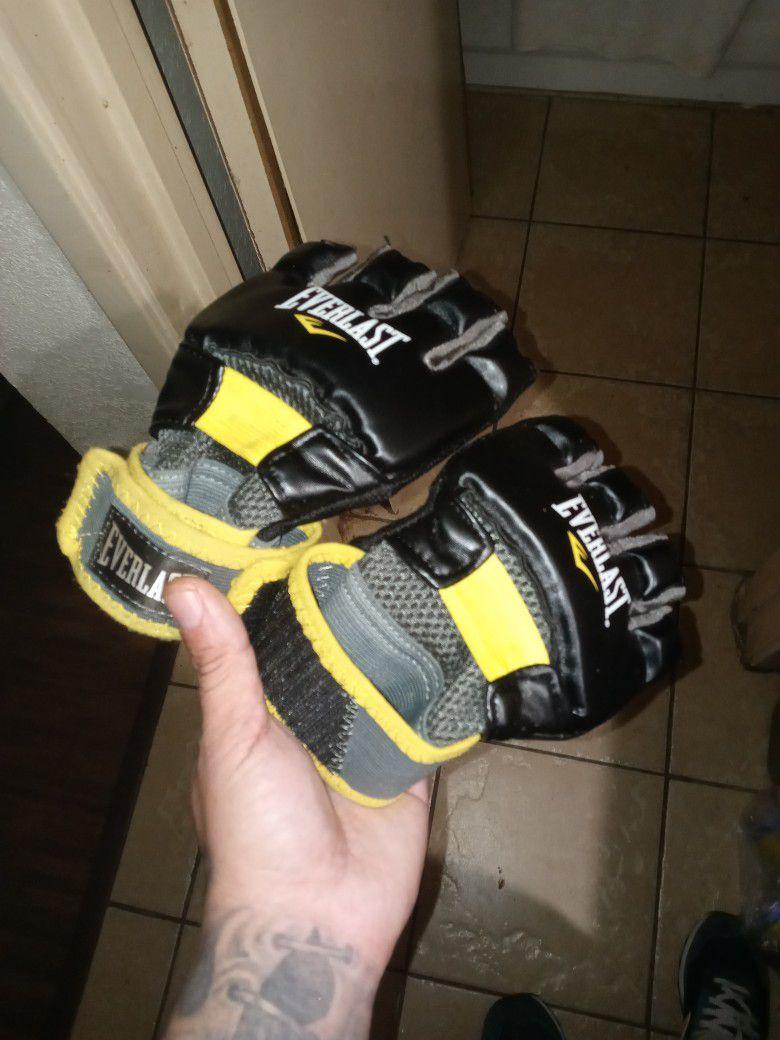 Everlast Ufc Gloves