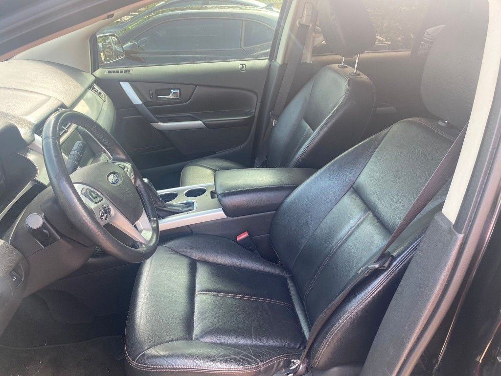 Are you looking to finance a used car vehicle?  2013 Ford Edge SEL FWD