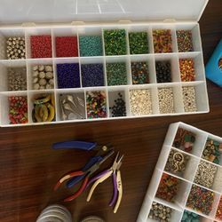Jewelry Making Supplies And Tools Thumbnail