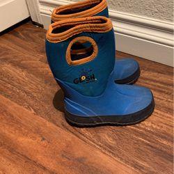 Rain Shoes Size 9 Thumbnail