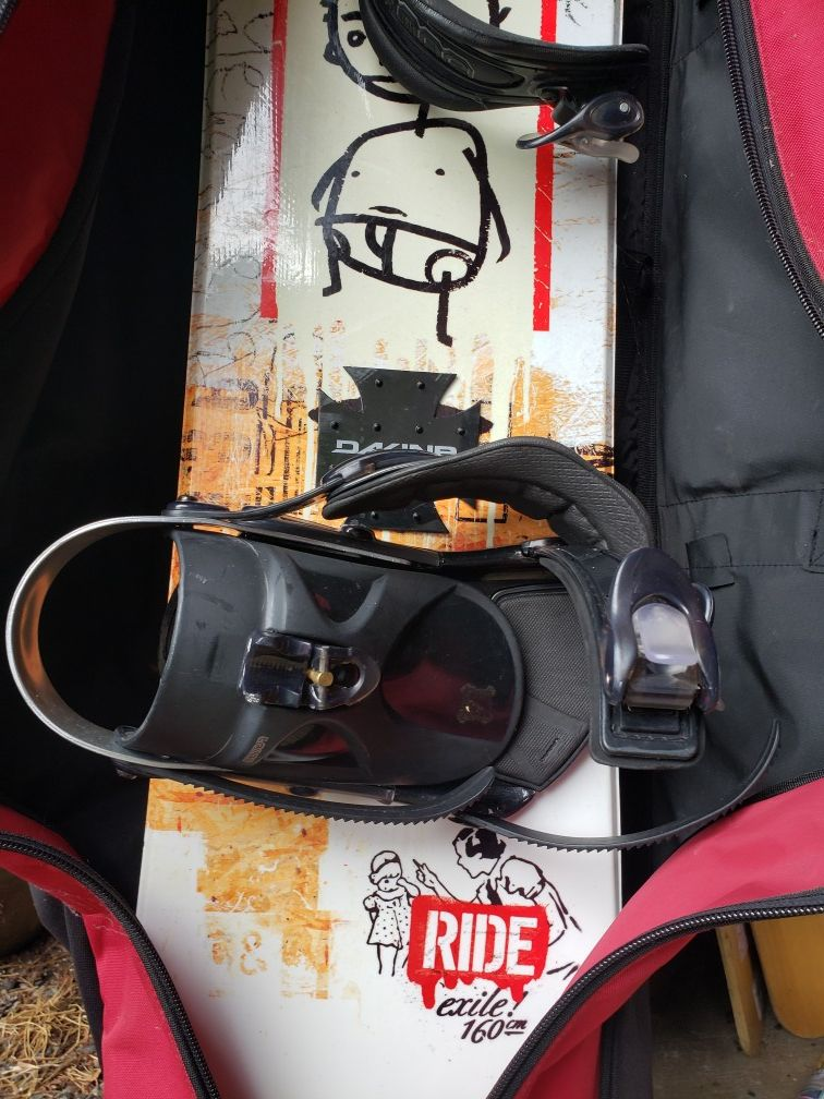 Ride snowboard with bag