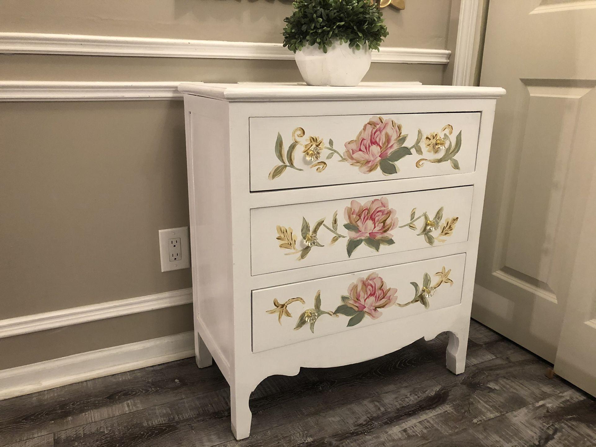 Very  Gorgeous  Dresser with mirror
