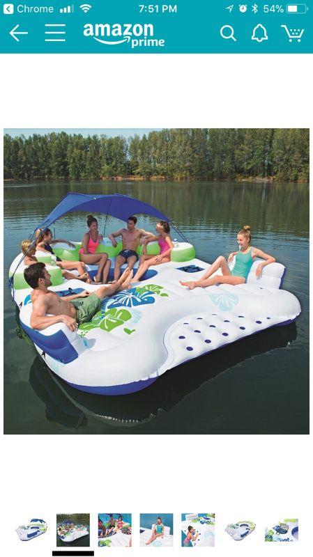 Island float!