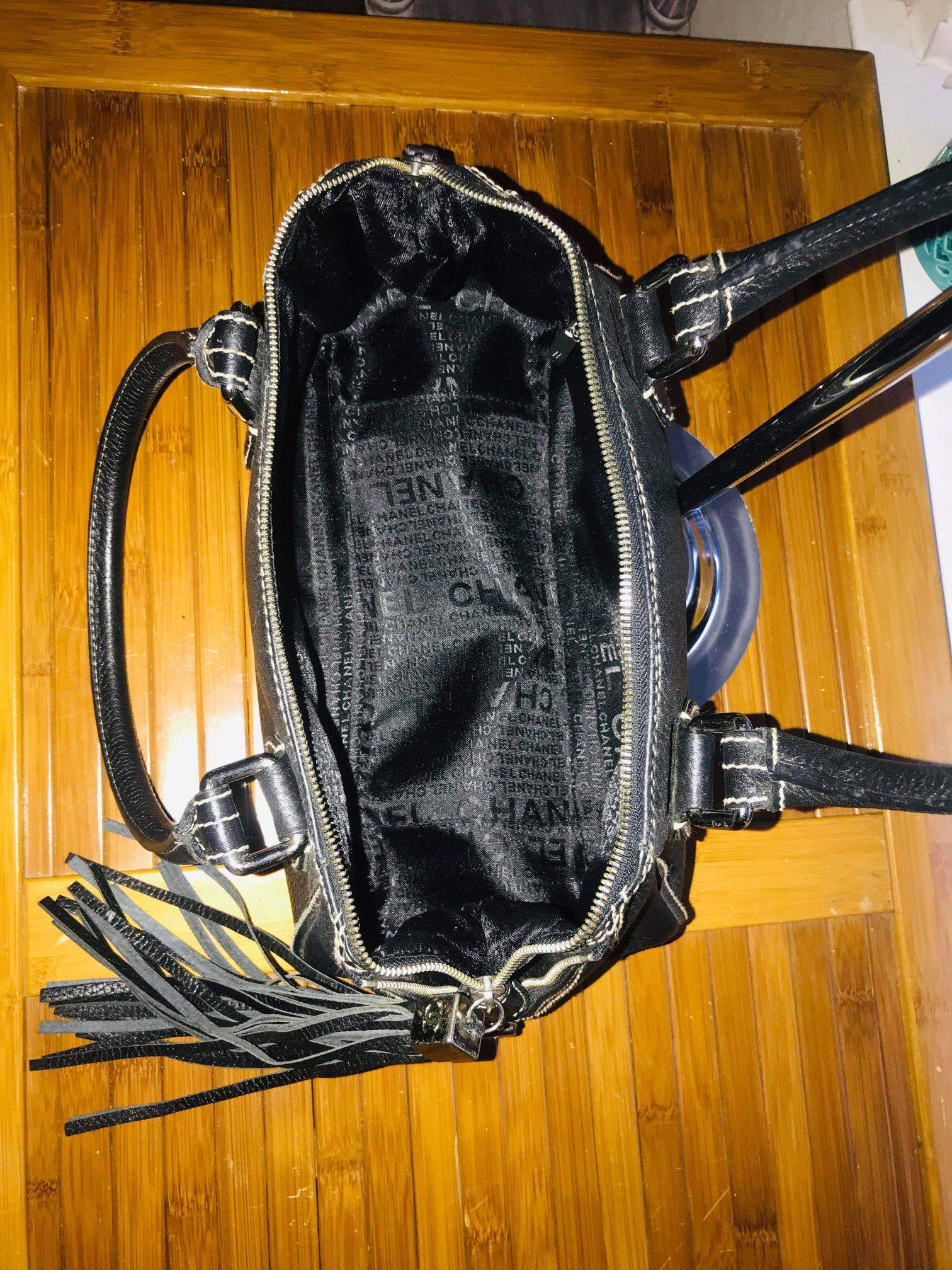 Used Chanel Shoulder Bag